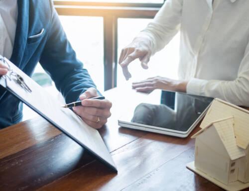 Kogo dotyczy obowiązek ubezpieczenia OC rzeczoznawcy majątkowego i jaką polisę należy dołączyć do operatu szacunkowego?